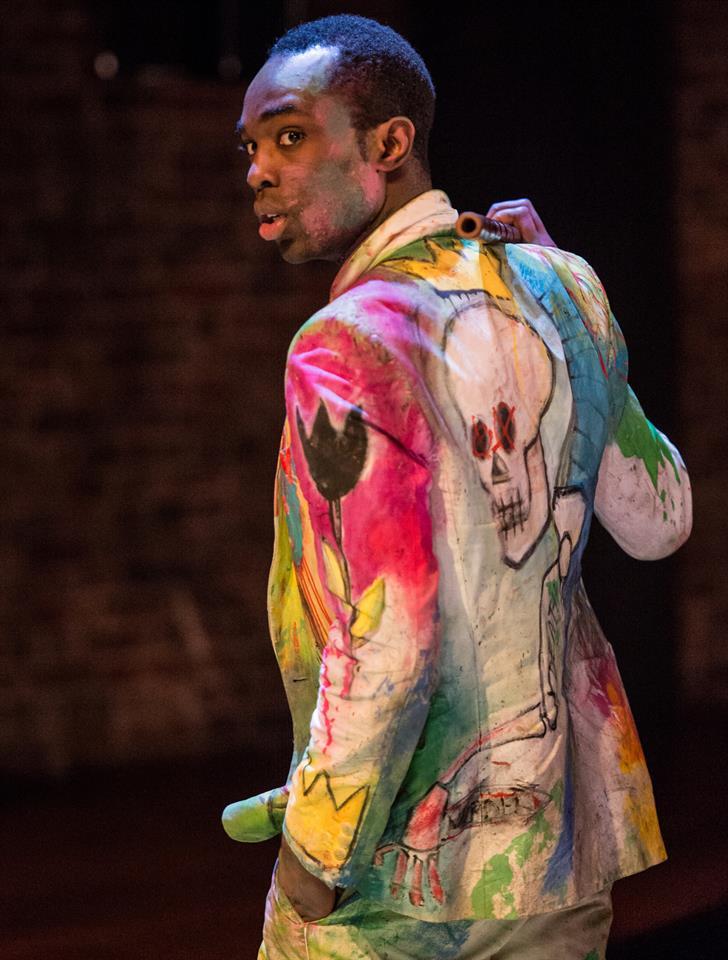 Paapa Essiedu's suit in Hamlet