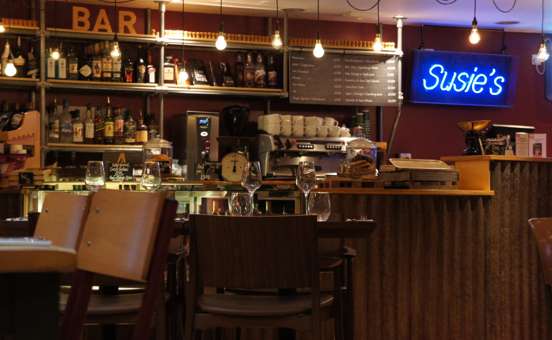 Susie's cafe bar