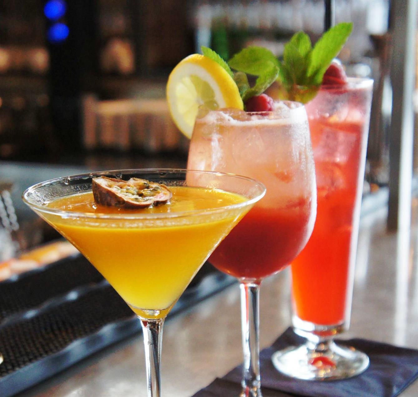 How to make Rose Simards Rainbow Cocktail | Tourisme Montréal