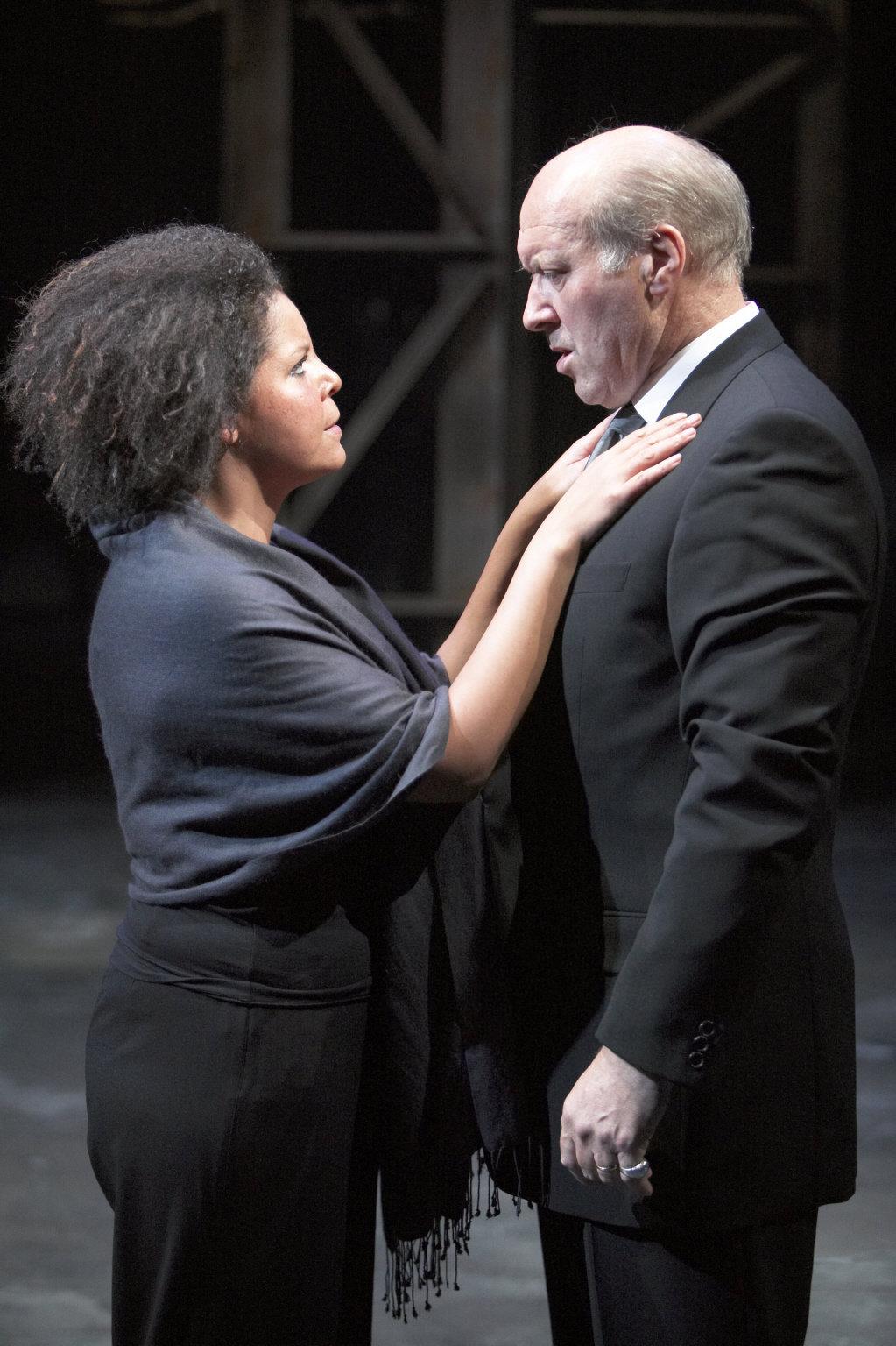 Calphurnia talks to Caesar in the 2004 production of Julius Caesar.
