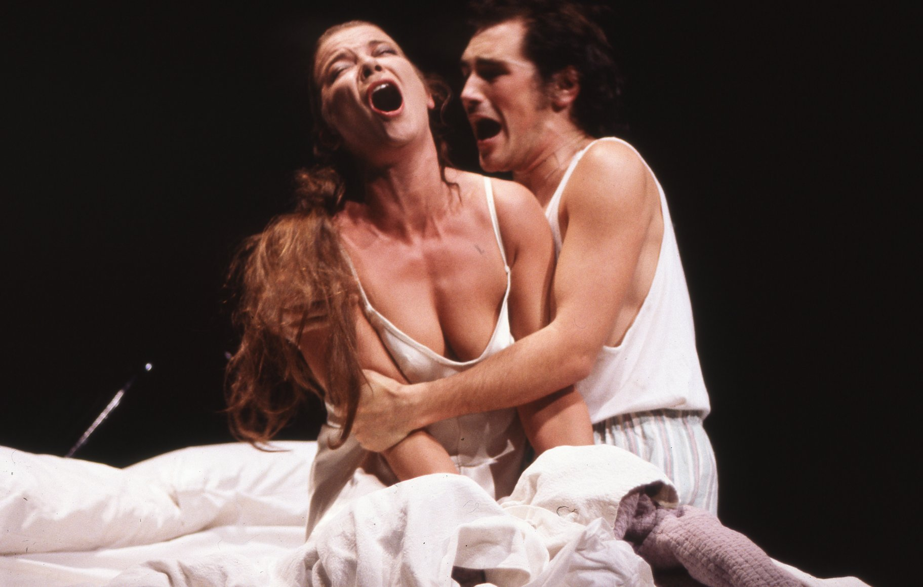 Hamlet and Gertrude in the 1989 production of Hamlet.