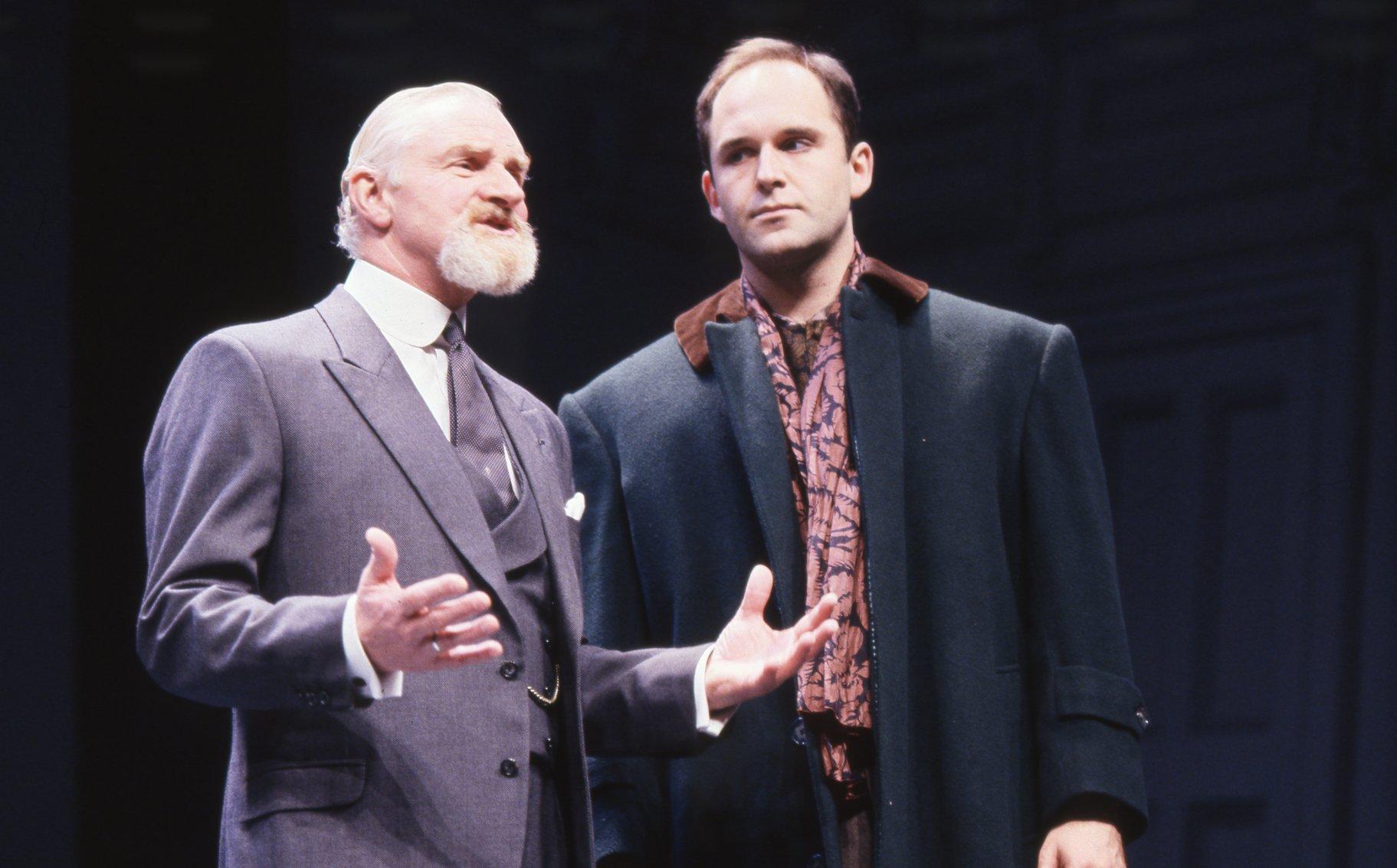 Polonius advises Laertes.