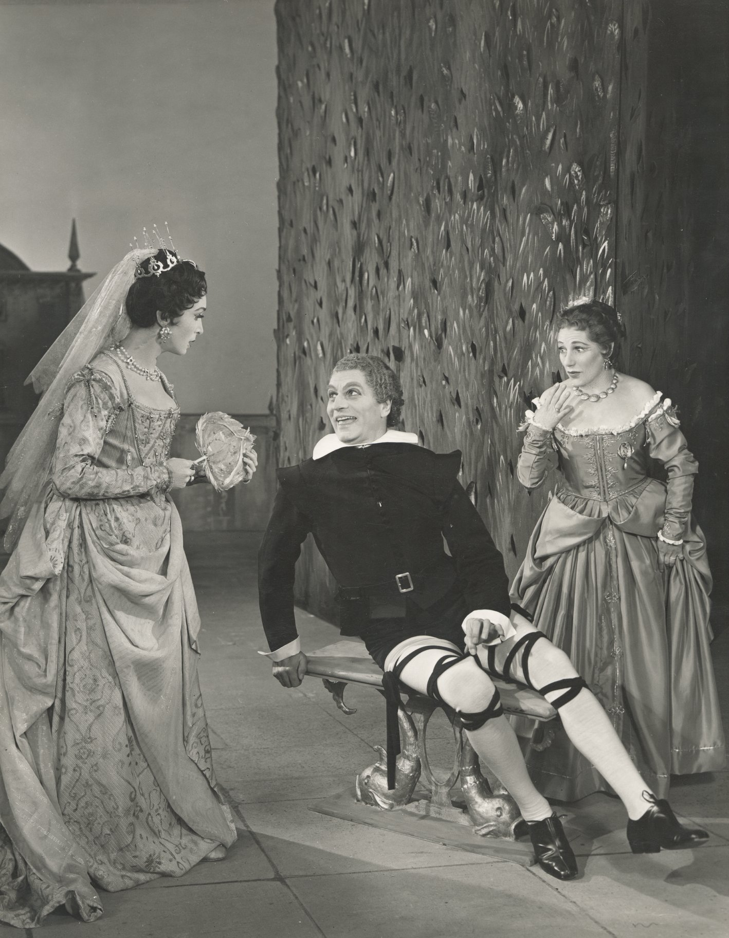 Twelfth Night_ 1955_ Olivia_ Malvolio and Maria_1955_Photo by Angus McBean _c_ RSC_47998