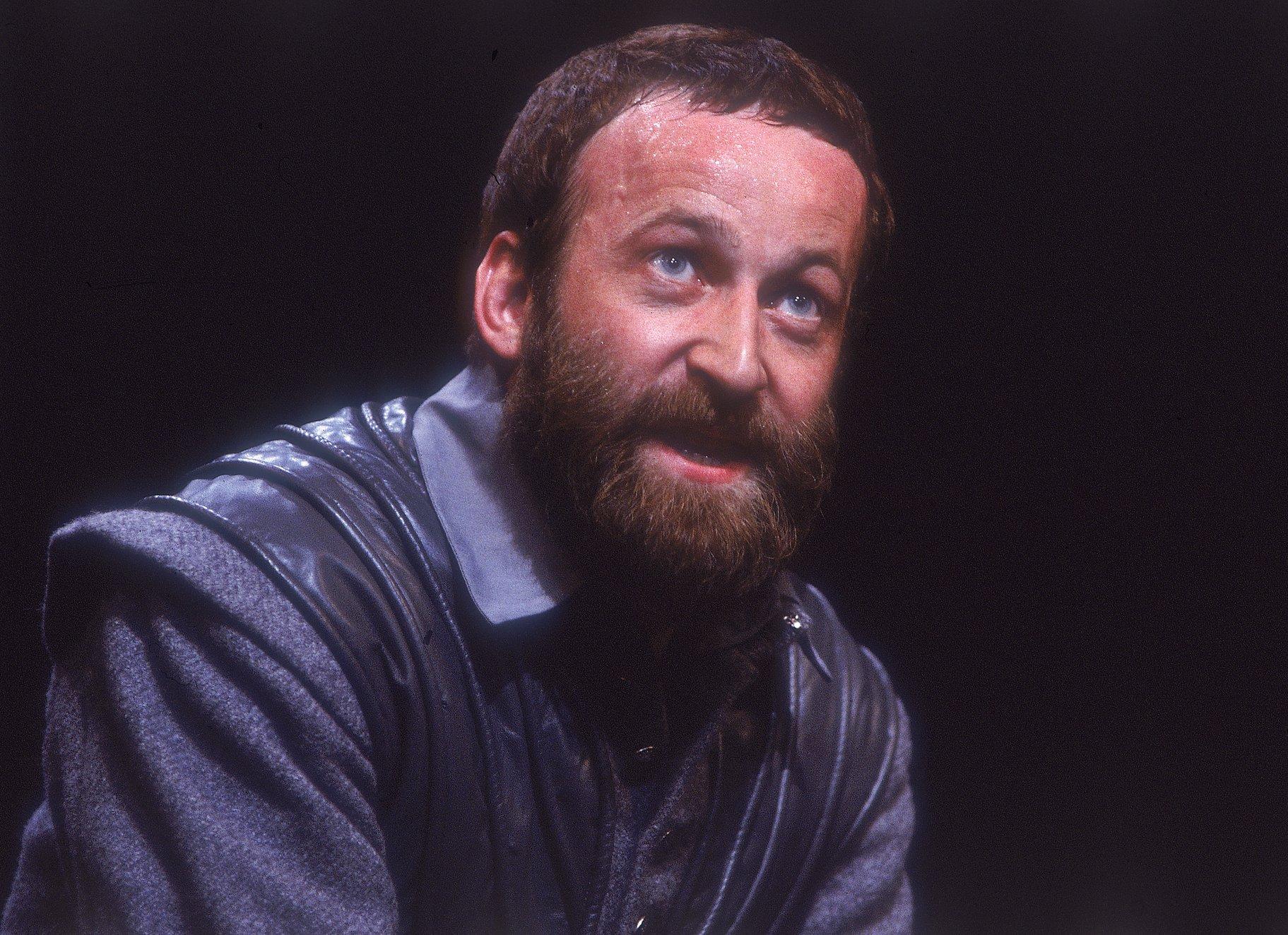 Bob Peck as Iago.