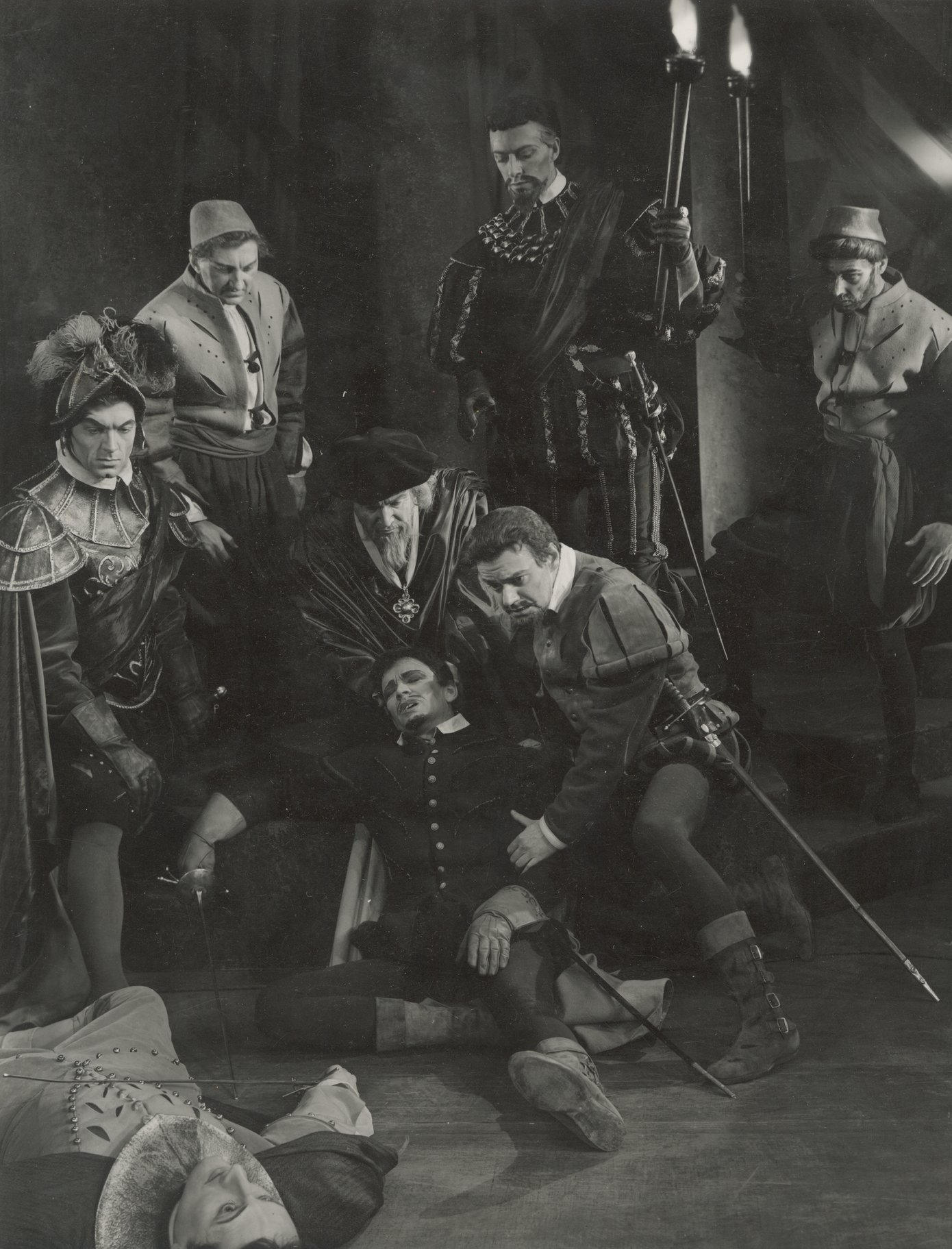Othello_ 1954_ Gratiano_ Lodovico and Iago discover the wounded Cassio and Roderigo_1954_Photo by Angus McBean _c_ RSC_33282