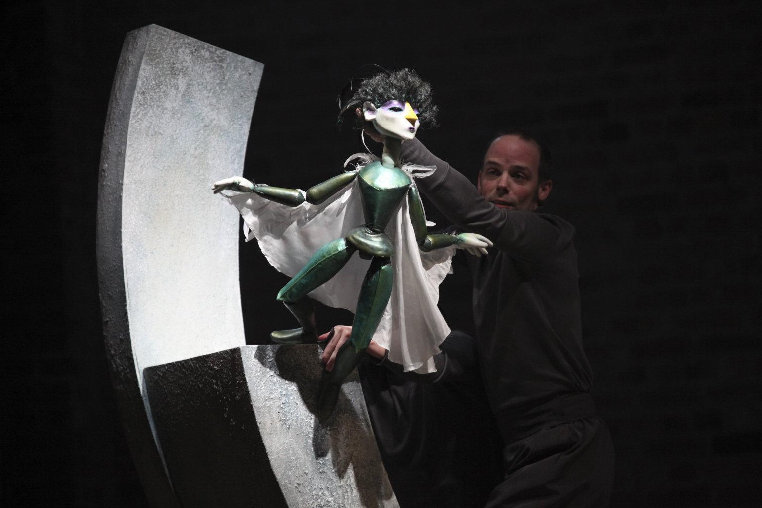 Ariel as a puppet.