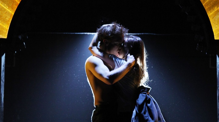 Romeo and Juliet _2010_Ellie Kurttz _c_ RSC_116257.720x400