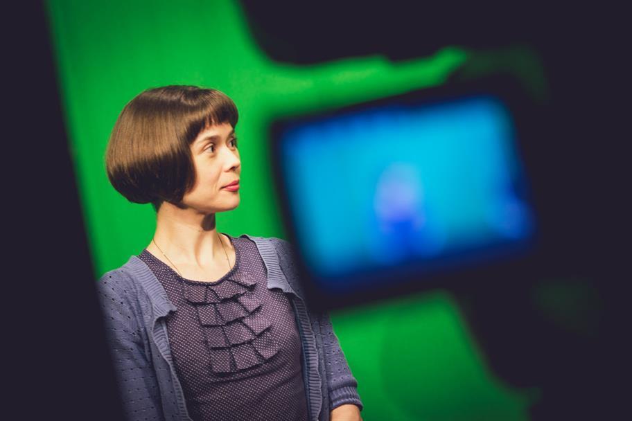 Schools-broadcast-behind-the-scenes-henry-iv-2014-3