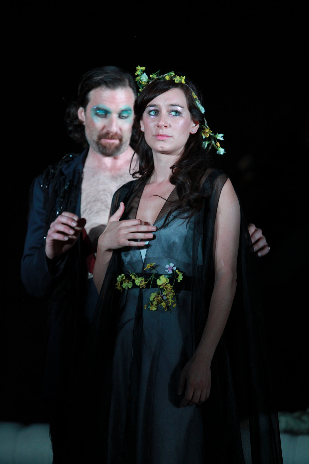 A Midsummer Night_s Dream_ 2011_ Oberon and Titania_2011_Photo by Ellie Kurttz _c_ RSC_132954