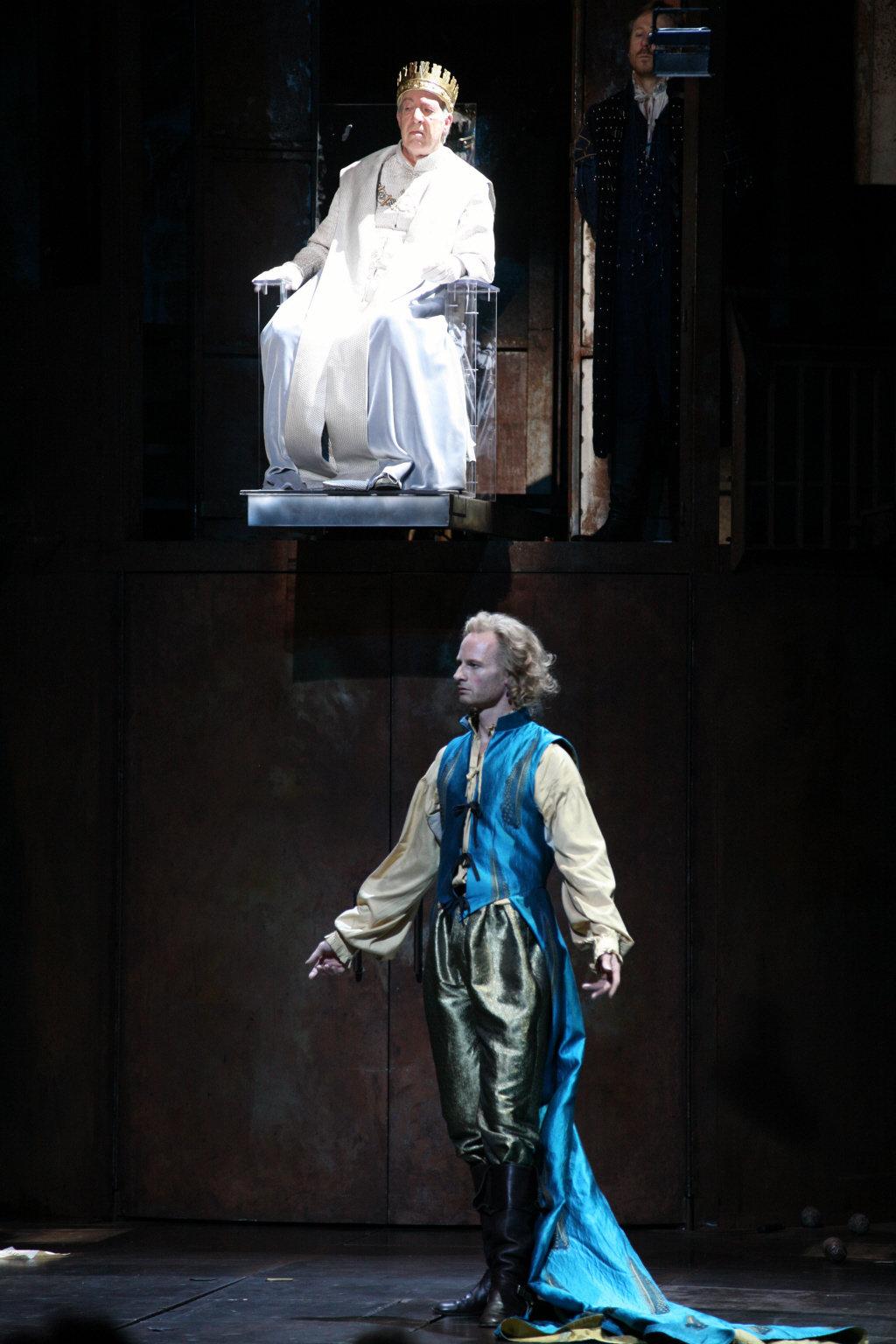 Henry V_ 2007_ Charles VI and the Dauphin_2007_Photo by Ellie Kurttz _c_ RSC_119906
