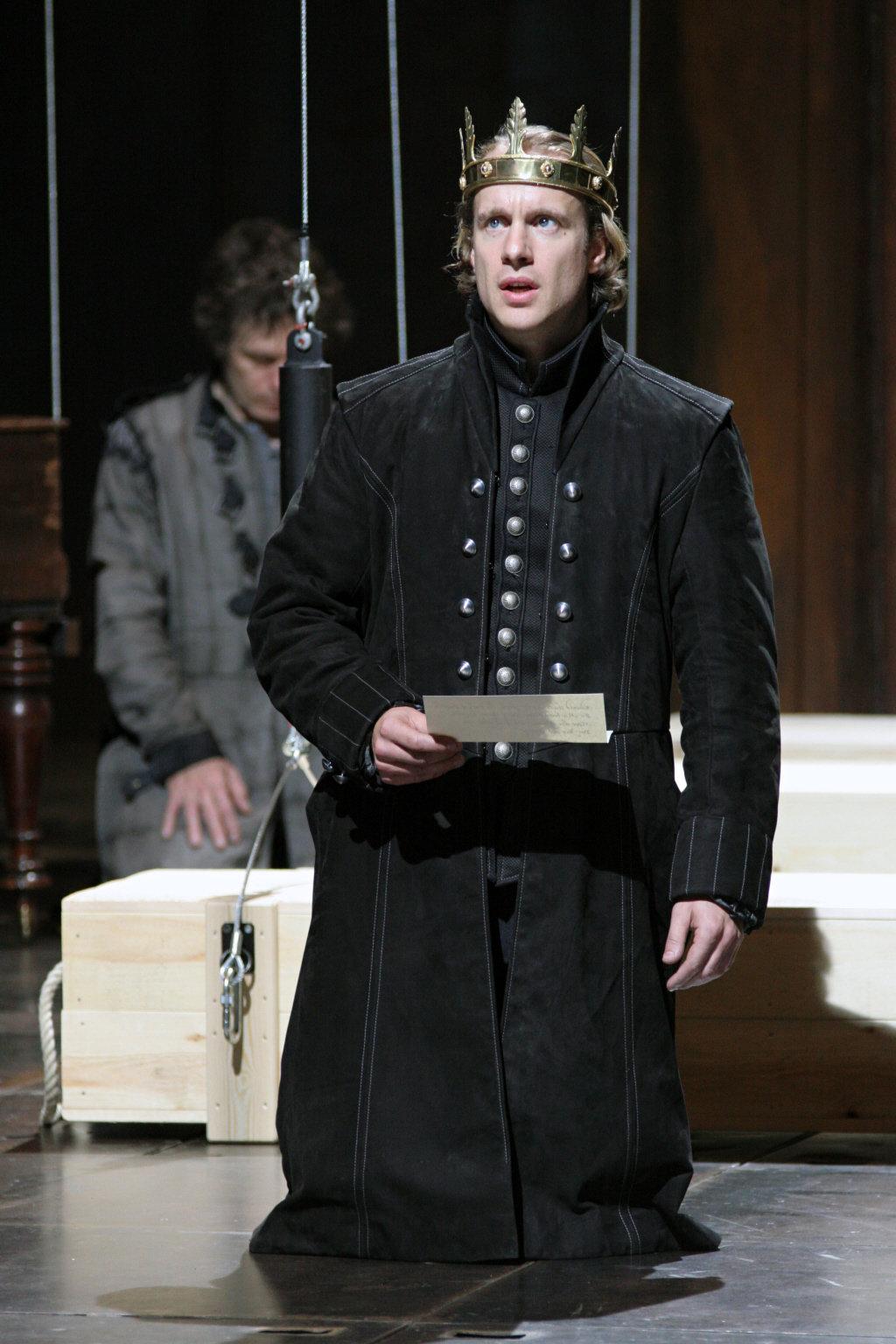 Henry V_ 2007_ Geoffrey Streatfeild as Henry V_2007_Photo by Ellie Kurttz _c_ RSC_119261