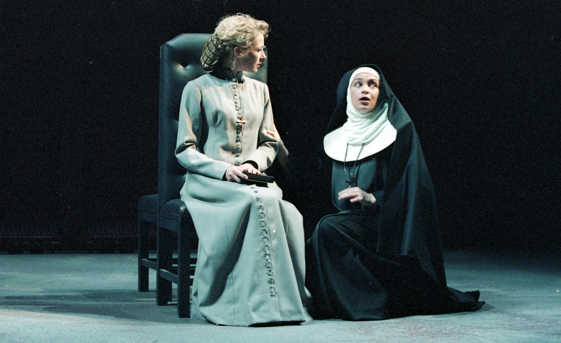 Measure for Measure_ 1994_ Isabella and a Nun_1994_Photo by Reg Wilson _c_ RSC_278772