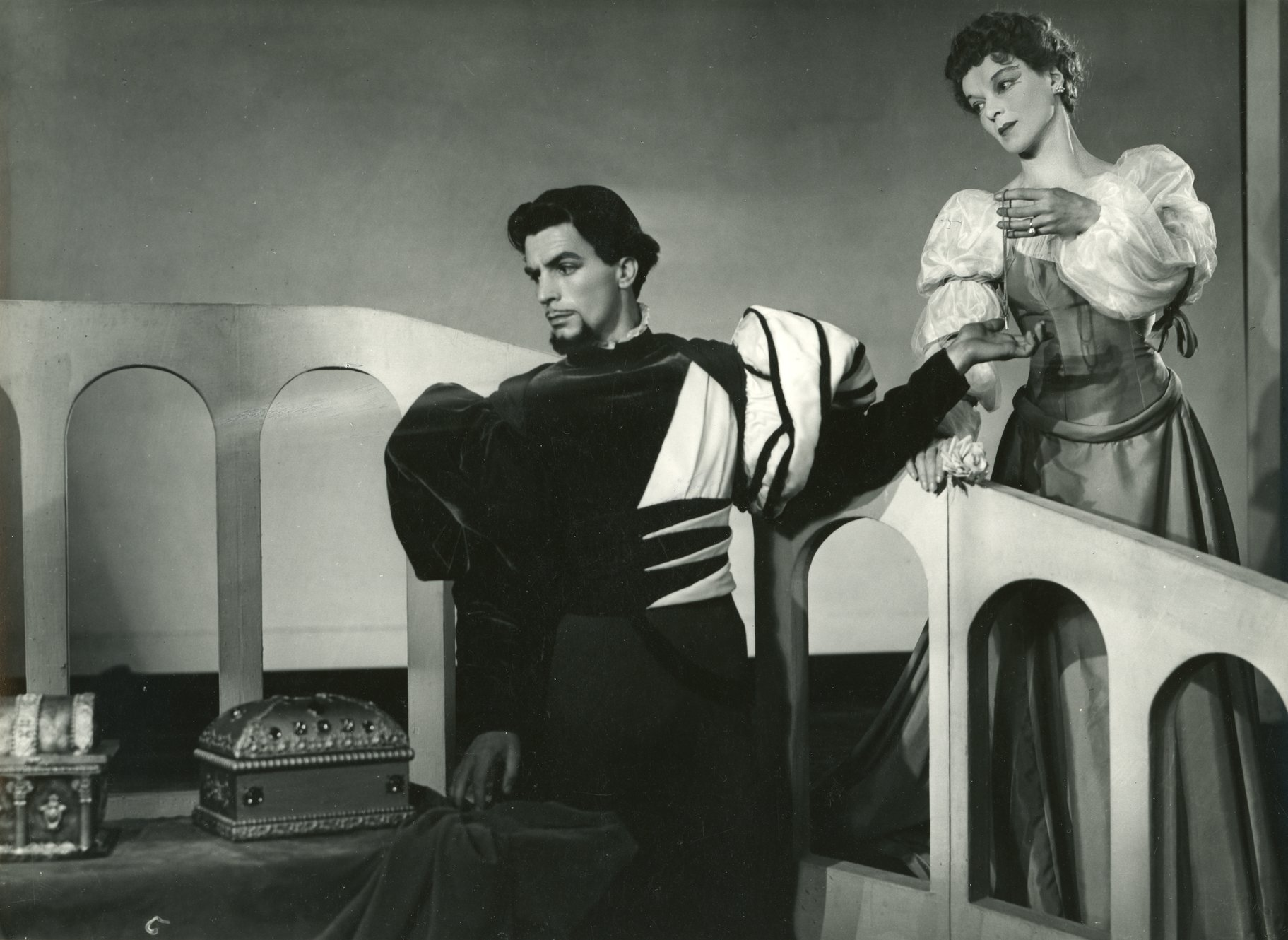 The Merchant of Venice_ 1947_ Bassanio and Portia_1947_Photo by Angus McBean _c_ RSC_214473