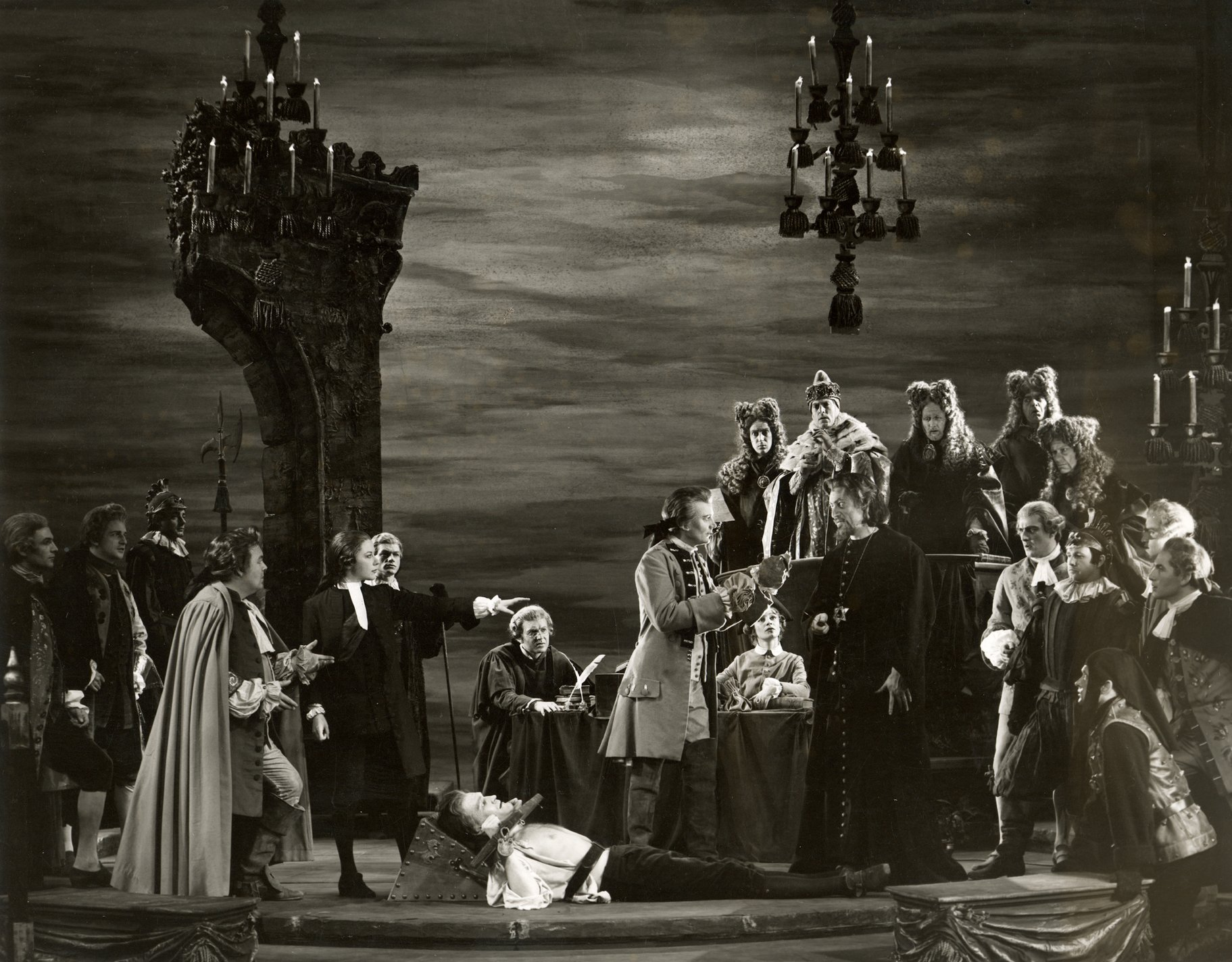 The Merchant of Venice_ 1960_ The Court Scene_1960_Photo by Angus McBean _c_ RSC_24106