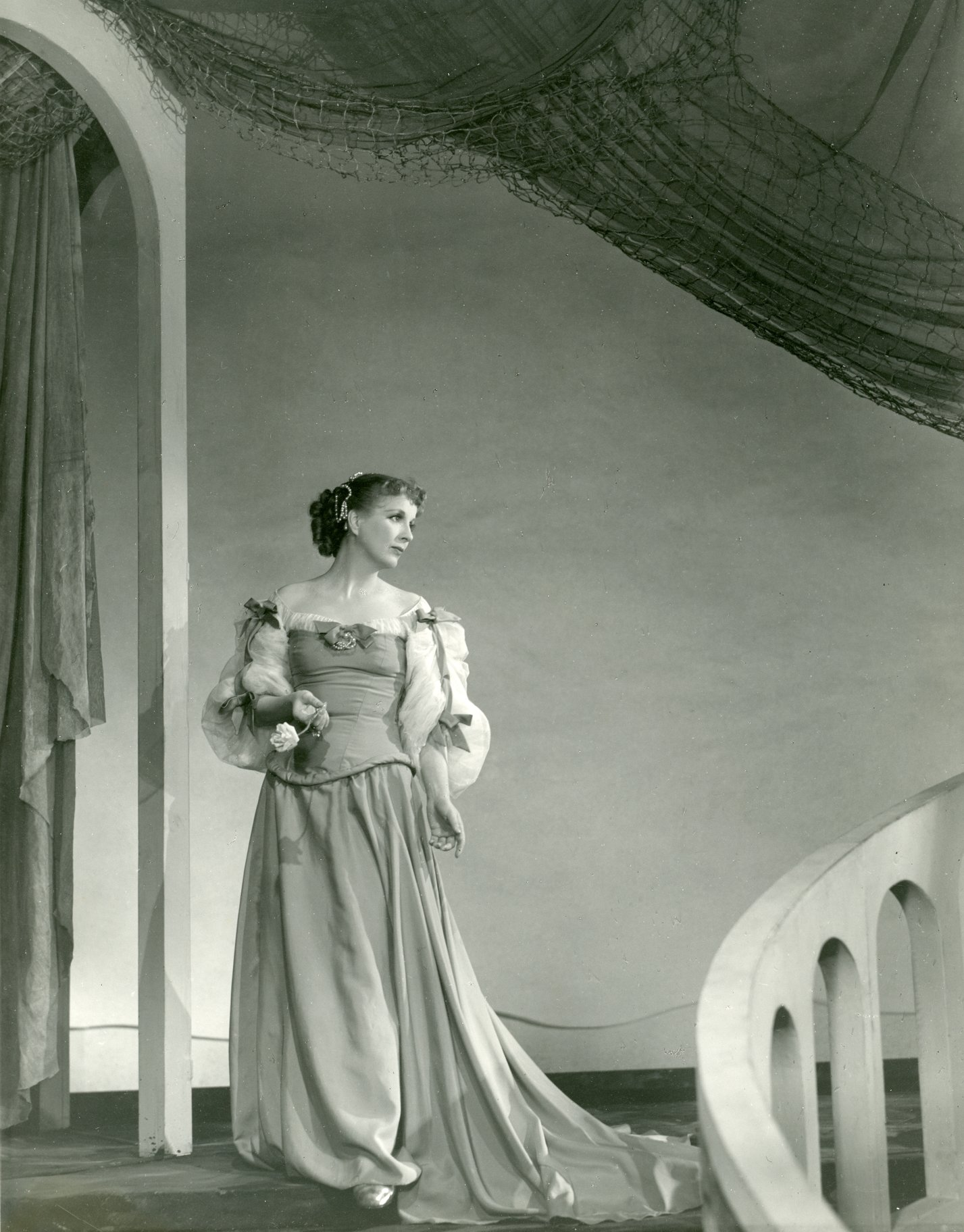 The Merchant of Venice_ 1948_ Diana Wynyard as Portia_1948_Photo by Angus McBean _c_ RSC_214475