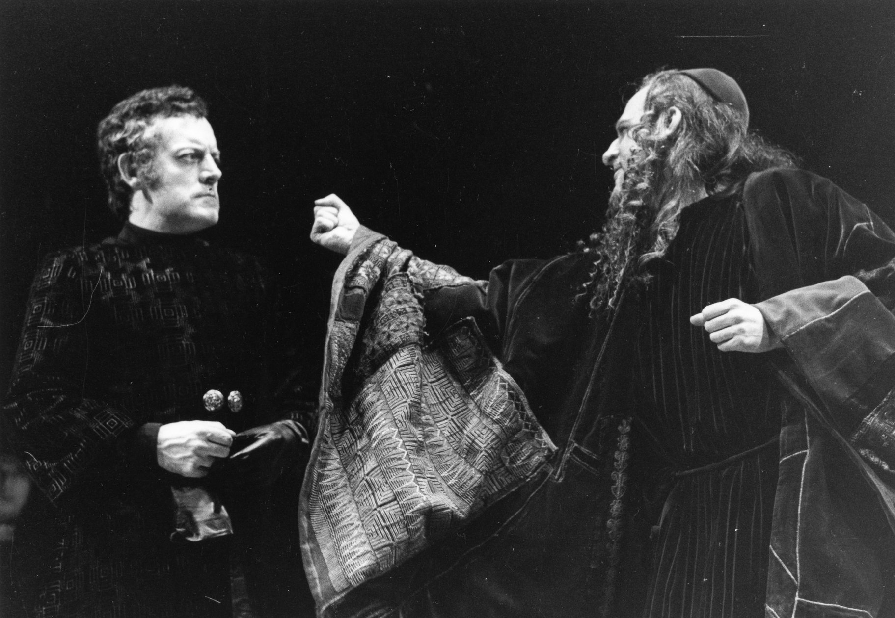 The Merchant of Venice_ 1971_ Antonio and Shylock_1971_Photo by Reg Wilson _c_ RSC_196970