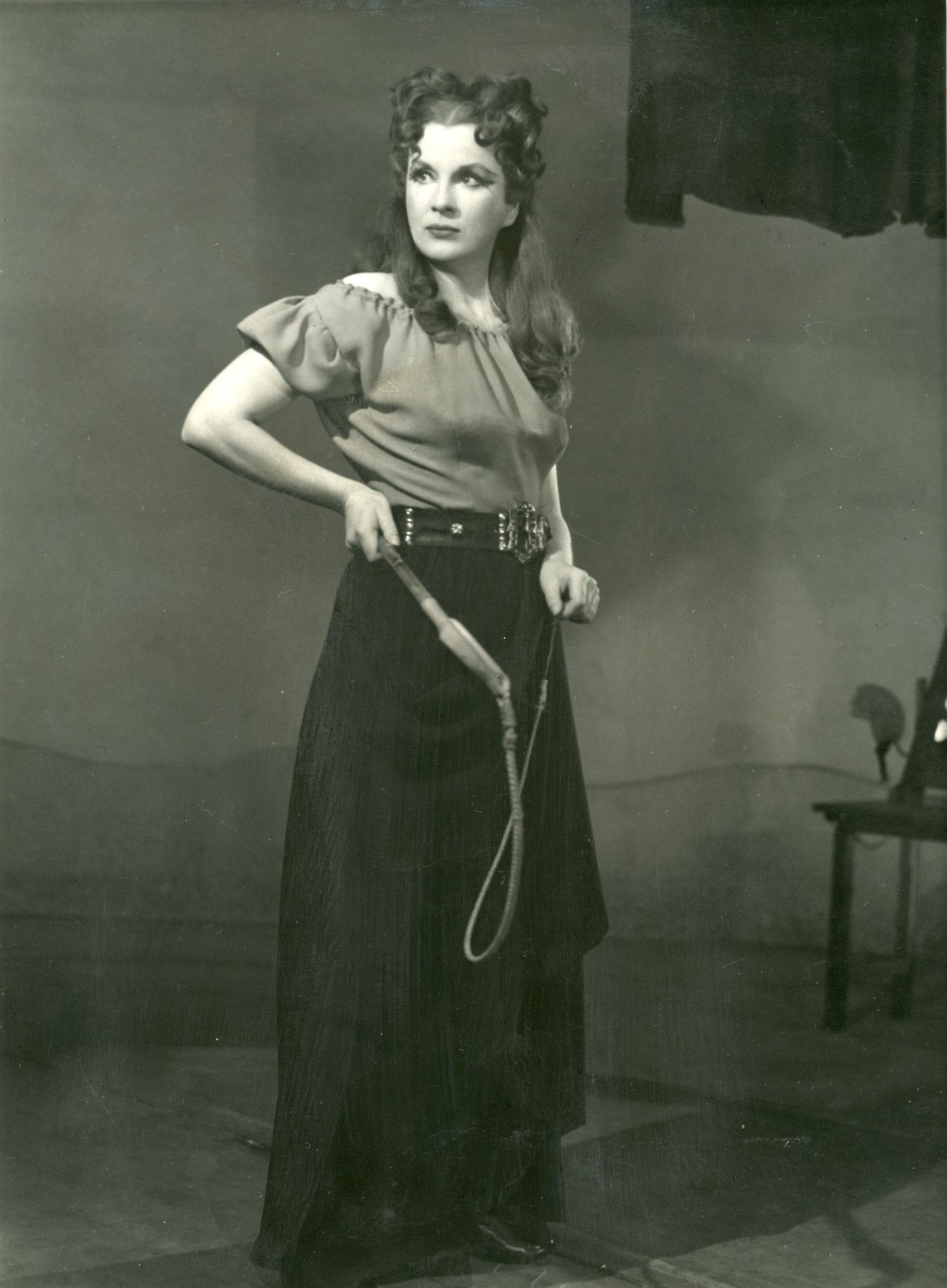 The Taming of the Shrew_ 1948_ Diana Wynyard as Katherina_1948_Photo by Angus McBean _c_ RSC_215400