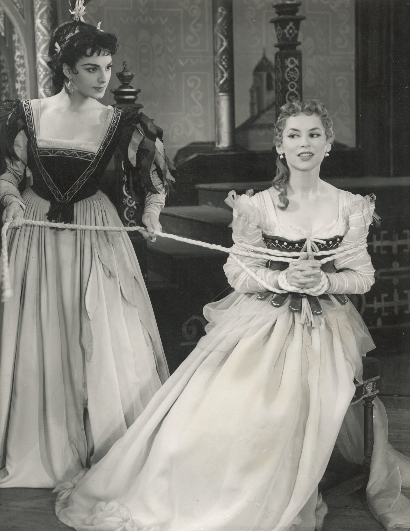 The Taming of the Shrew_ 1954_ Katherina and Bianca_1954_Photo by Angus McBean _c_ RSC_42375