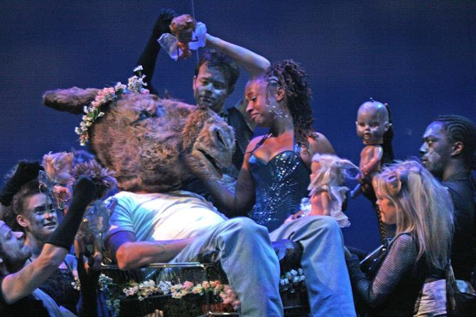A Midsummer Night's Dream, 2008, directed by Gregory Doran. Bottom (Joe Dixon) is seduced by Titania (Andrea Harris).