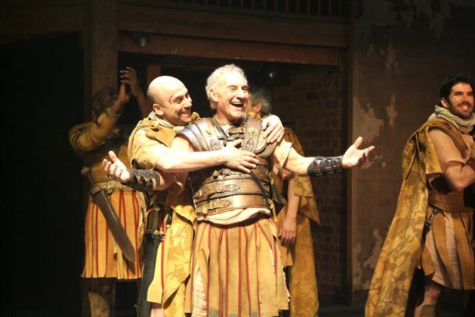 Antony and Cleopatra, 2006, directed by Gregory Doran. Patrick Stewart (centre) as Mark Antony.
