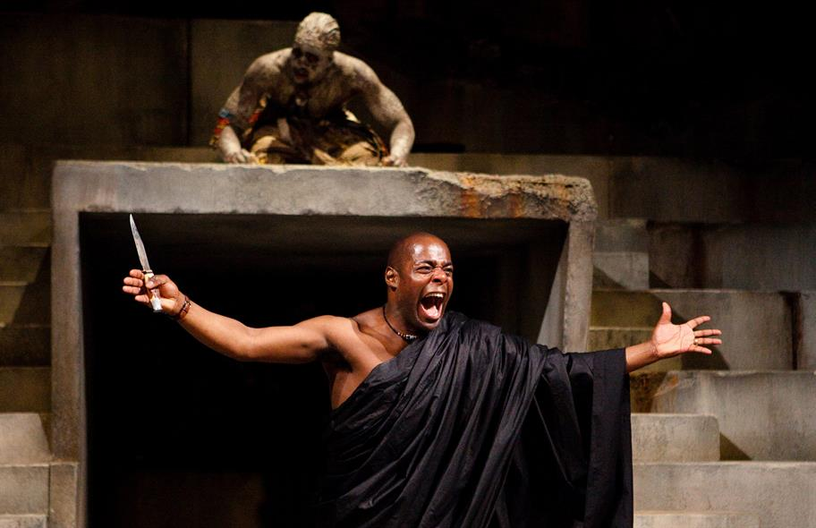 Brutus yells in front of Soothsayer