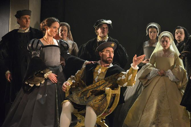 Wolf Hall, 2013, directed by Jeremy Herrin. Centre: Lydia Leonard as Anne Boleyn and Nathaniel Parker as Henry VIII.
