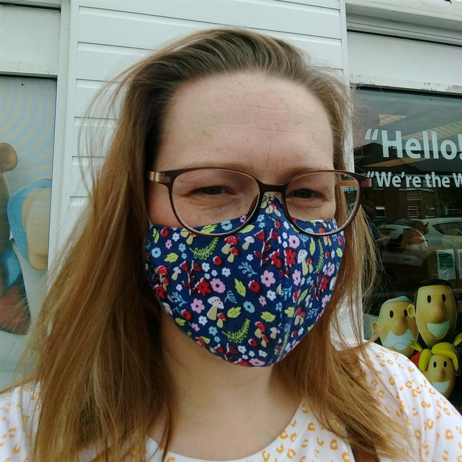 beccy-blackpool-mask-3