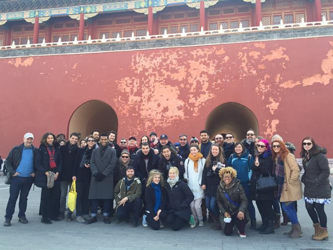 Group photo of the King and Country Company at the Forbidden City, Beijing