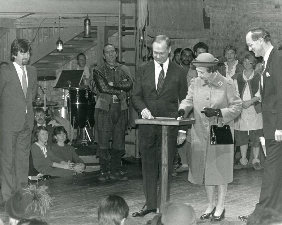 HM The Queen opening the Swan Theatre. Swan Theatre opening photographs, November 1986.