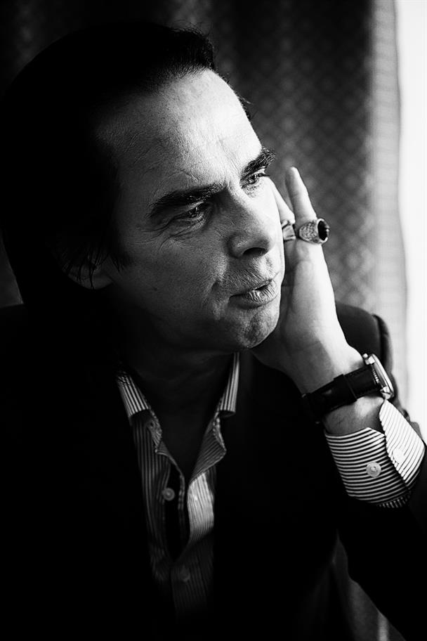 Black and white picture of Nick Cave