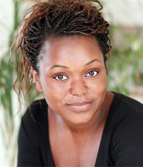 Headshot of Esther Niles