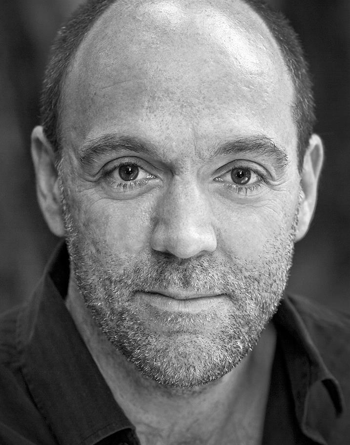 Ian Drysdale headshot