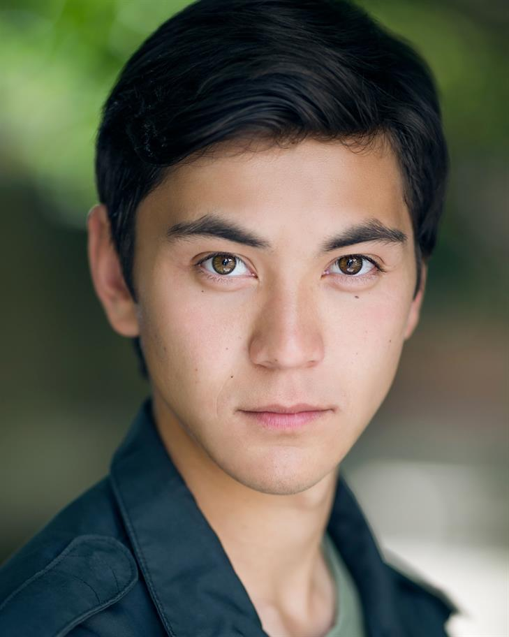 Headshot of Jonathan Raggett