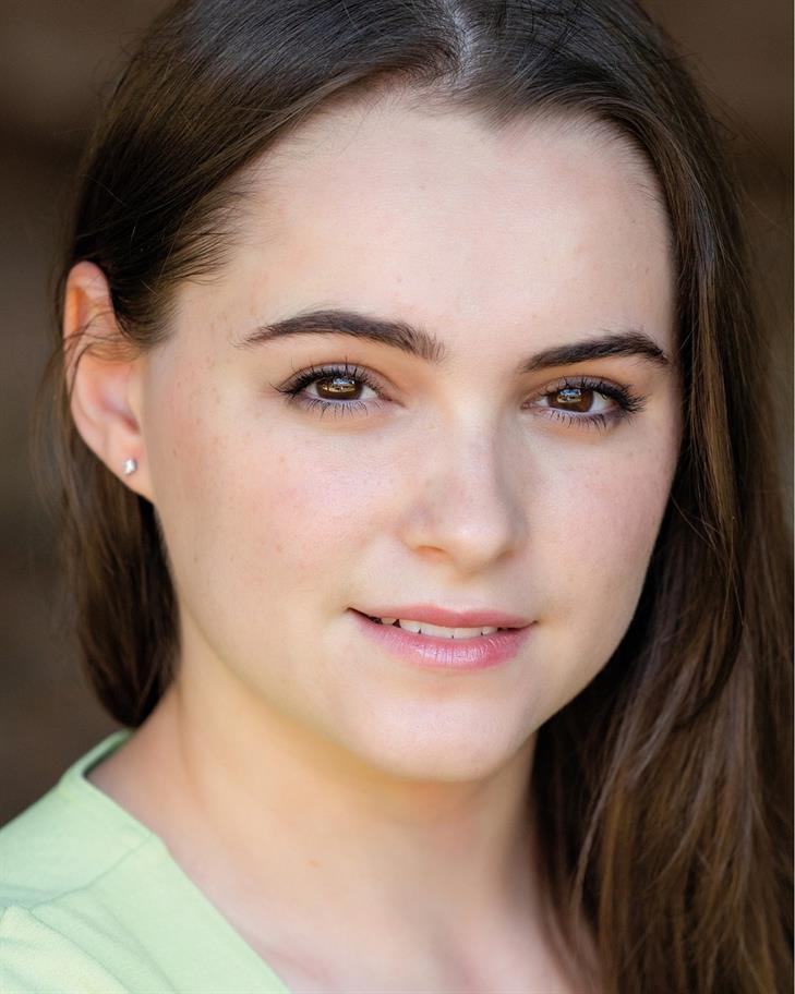 Lauren Jones headshot