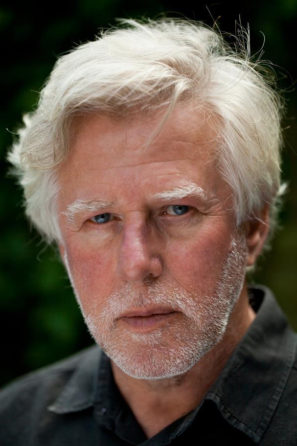 headshot of Phil Davis