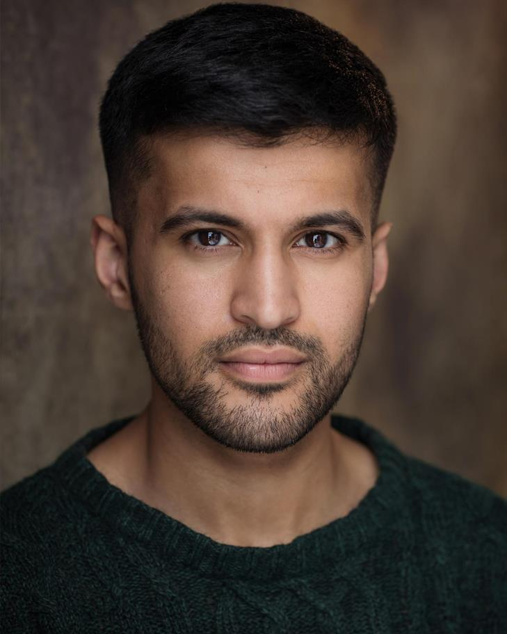 Qasim Mahmood headshot