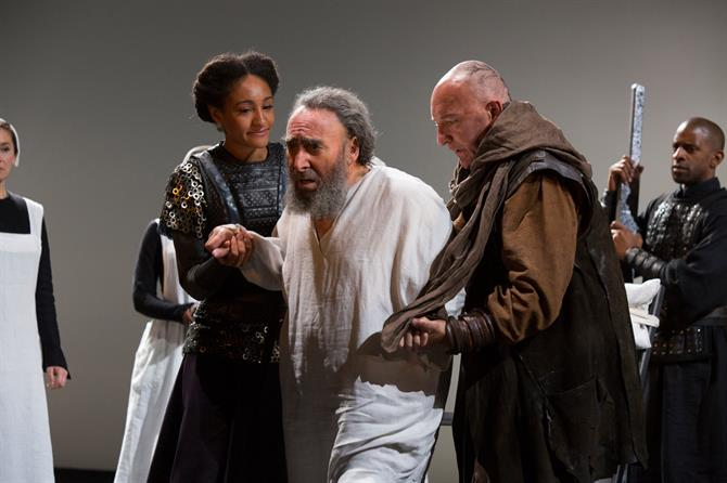 Cordelia and the Earl of Kent lead King Lear away