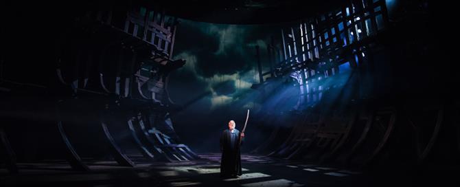 The Tempest production photos_ 2017_ Barbican Theatre_2017_Photo by Topher McGrillis _c_ RSC_222698