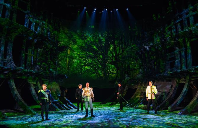 The Tempest production photos_ 2017_ Barbican Theatre_2017_Photo by Topher McGrillis _c_ RSC_222829