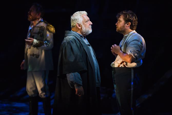 The Tempest production photos_ 2017_ Barbican Theatre_2017_Photo by Topher McGrillis _c_ RSC_222939