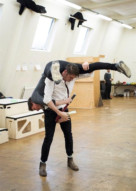 Luke MacGregor upside down and over the shoulder David Burnett