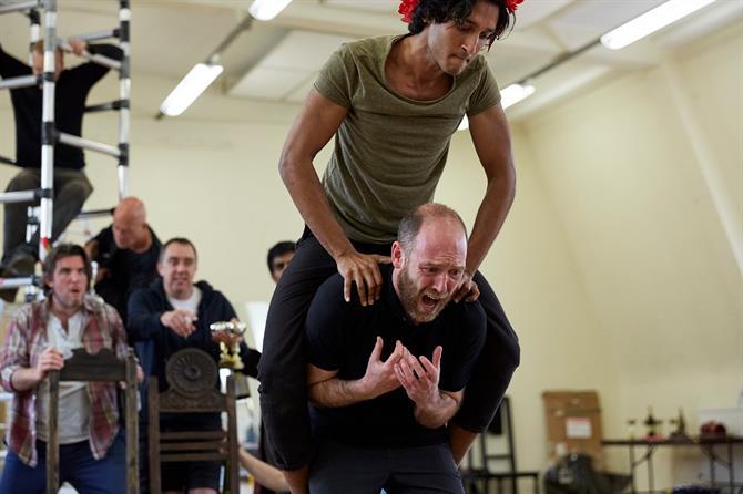 Assad Zaman jumping on Matthew Pidgeon's back