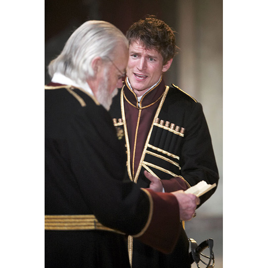 Edmund (Philip Winchester) sets the trap to trick his father Gloucester (William Gaunt) into believing Edgar (Gloucester's legitimate son) is plotting against him.