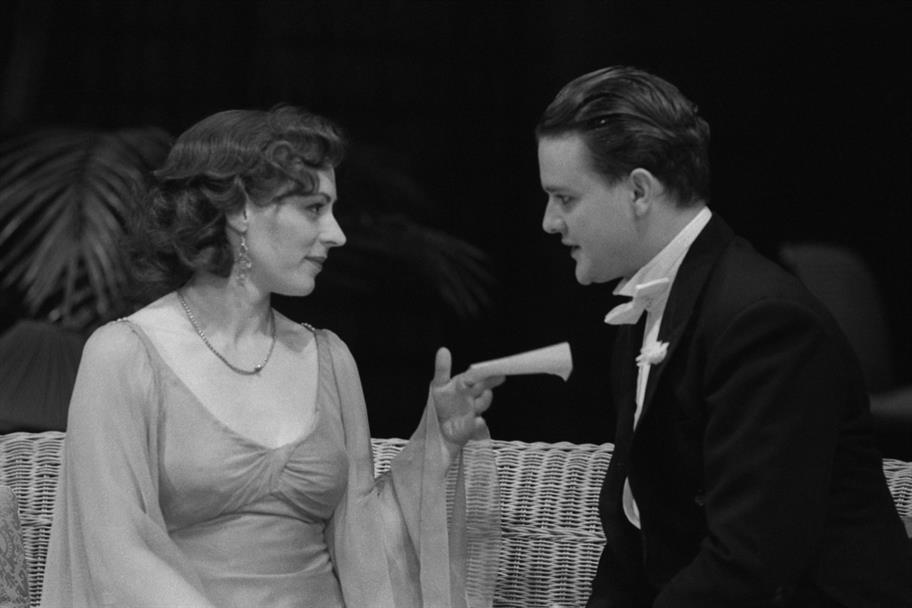 Valentine (Hugh Bonneville) woos Silvia (Saskia Reeves) in The Two Gentlemen of Verona 1991