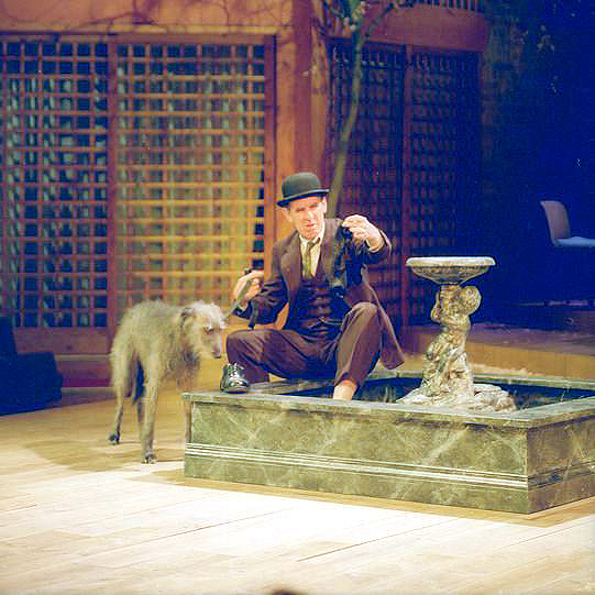 Woolly the dog (Crab) and Richard Moore (Lance) in the Two Gentlemen of Verona 1991