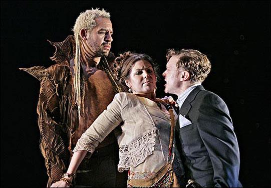 Helena looking threatened by Demetrius