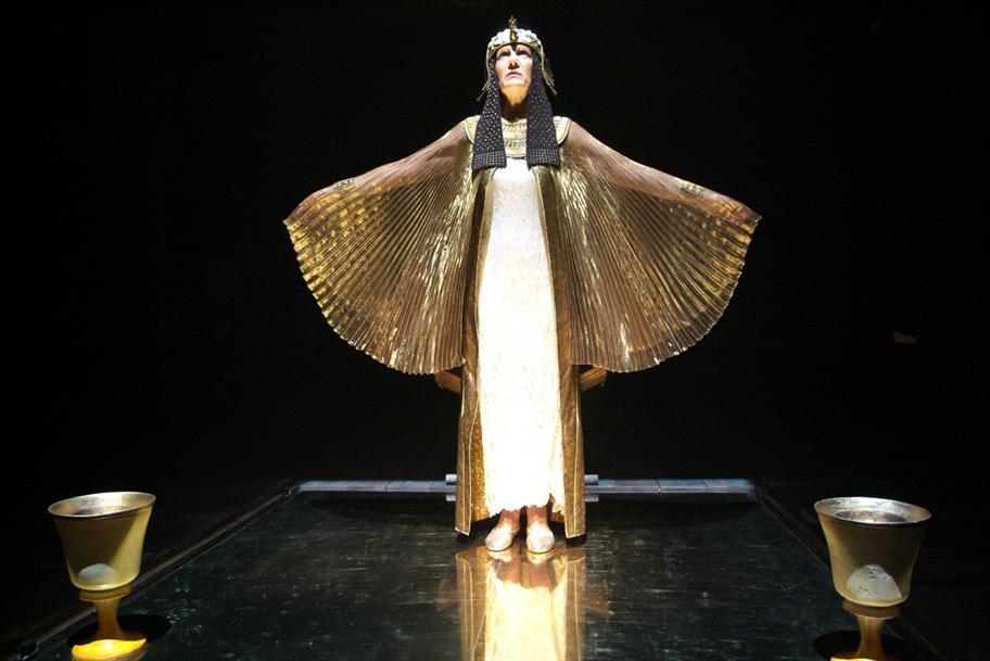 Harriet Walter dressed as Cleopatra in 2006.