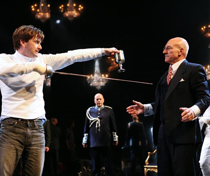 David Tennant as Hamlet and Patrick Stewart as Claudius in Gregory Doran's 2008 production of Hamlet