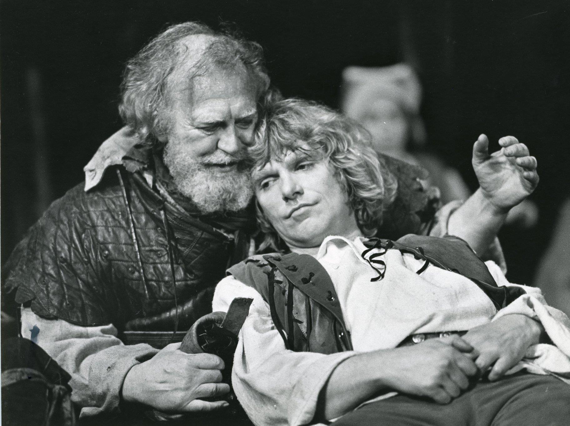 the relationship between father and son as portrayed in shakespeares henry iv Honesty and deceit and the relationship of  a power struggle between the father and preferred son  shakespeare's king henry iv part one focuses.