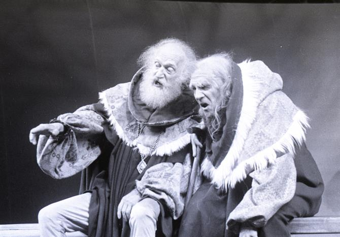 Justices Shallow (Sydney Bromley) and Silence (Trevor Peacock) in Henry IV Part II 1975
